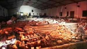 جنوب افريقيا  .. وفاة 13 شخصا إثر سقوط جدار داخل كنيسة