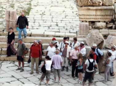 تراجع عدد السياح 5 % في عشرة أشهر