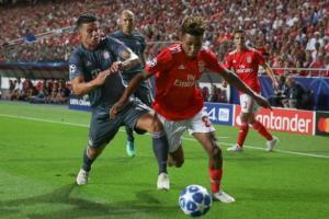 ما سبب موافقة سولاري على عودة خاميس إلى ريال مدريد؟