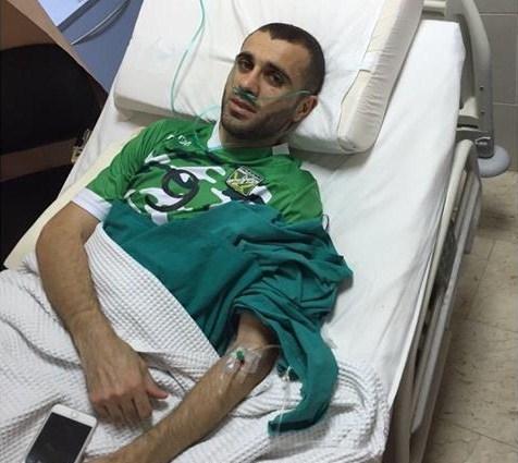 """بالفيديو و الصور ... احمد هايل بحالة حرجة بعد اصابته بالكويت و المدرب يبكي """"احمد بحالة حرجة"""""""