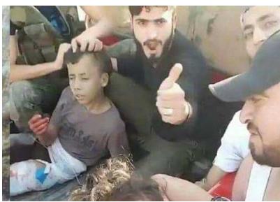 مسلحو معارضه يذبحون طفلا فلسطينيا بسكين بدم بارد