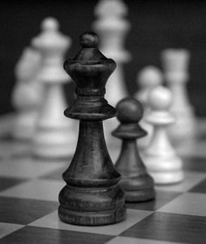 """قتله وأكل """" رئته"""" ..  بسبب الشطرنج!"""