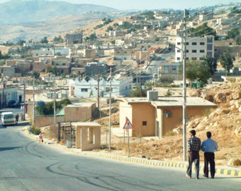 مطالب مشروعة وغياب المسؤولين في حي الصلما - محافظة الطفيلة