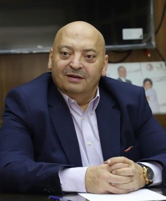 حمادة يطالب بشمول المخابز والمراكز التجارية وبيع الخضار بخدمات التوصيل المنزلي