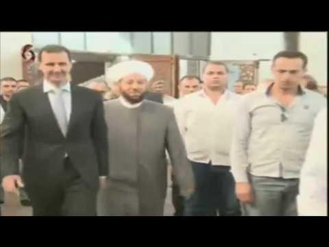 بالفيديو .. ارتباك واضح للأسد في صلاة العيد