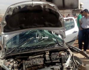 بالصور .. اربد : تدهور مركبة بالقرب من مستشفى الملك المؤسس