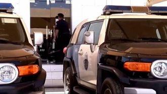 سعودي يسجن طليقته وأطفاله الخمسة داخل المنزل بالسلاسل