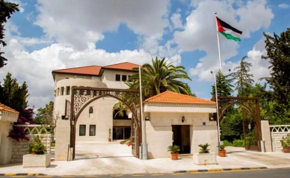 الحكومة توافق على توصيات تبسيط الاجراءات لابناء غزة