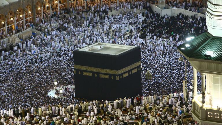 الحكومة السعودية توافق على تعديل اسعار تأشيرات الحج والعمرة  ..  تفاصيل