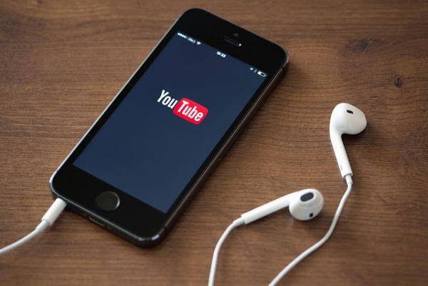 """كيف تقوم بتحميل أي فيديو من يوتيوب على هواتف """"آيفون"""""""