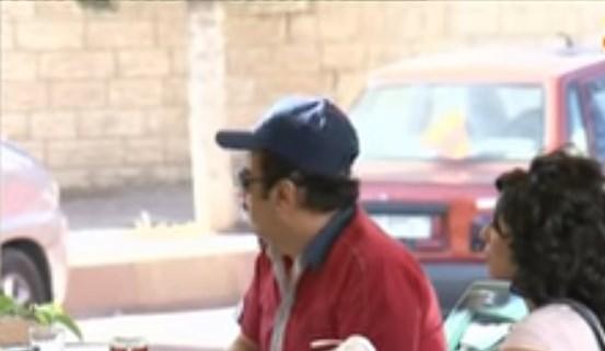 الفنان جمال العلي يشاهد تدمير سيارته ويفقد صوابه