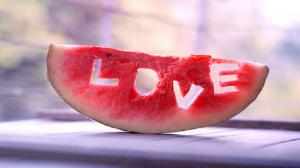معادلة رياضية معقدة تكشف سر الحب الحقيقي