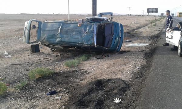 وفاتان و3 اصابات بتدهور مركبة على الطريق الصحراوي