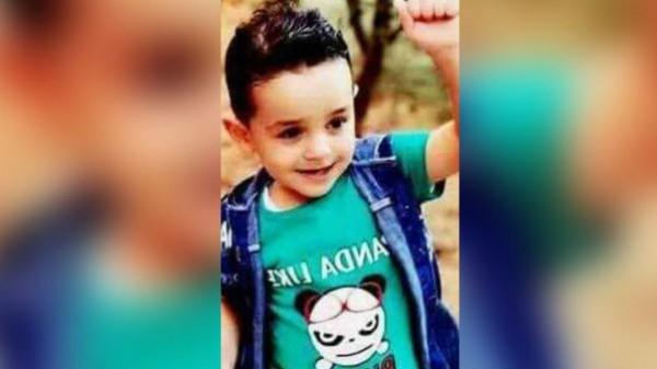قصة الطفل معاذ عبدالله الفرحات الذي قتلته عصابة ليبية لعدم مقدرة اهله على دفع فدية لهم