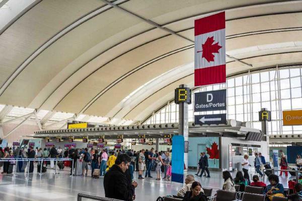كندا تعلن رفع الحظر عن الرحلات الجوية من الهند