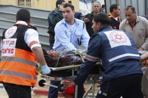 إصابة إسرائيلييْن بعملية طعن بالقدس