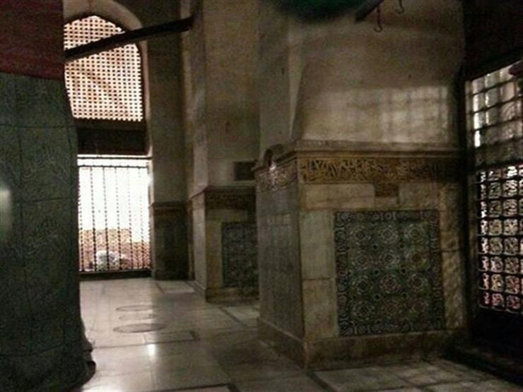 تعرف على الحُجرة الشريفة ..  وكيف دُفن النبي وصاحباه