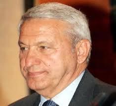 النائب الطراونة : مدير مخابرات سابق يملك 500 مليون دينار خارج الاردن.. و لماذا لم تسترد  الحكومة (285) مليون دينار من الكردي