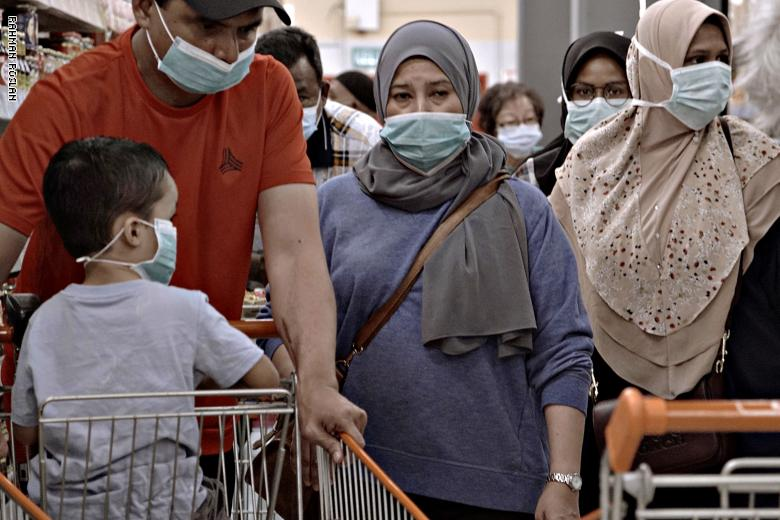 كبير خبراء الأوبئة في الصين: مساهمة المصابين دون أعراض بانتشار كورونا صغيرة نسبياً