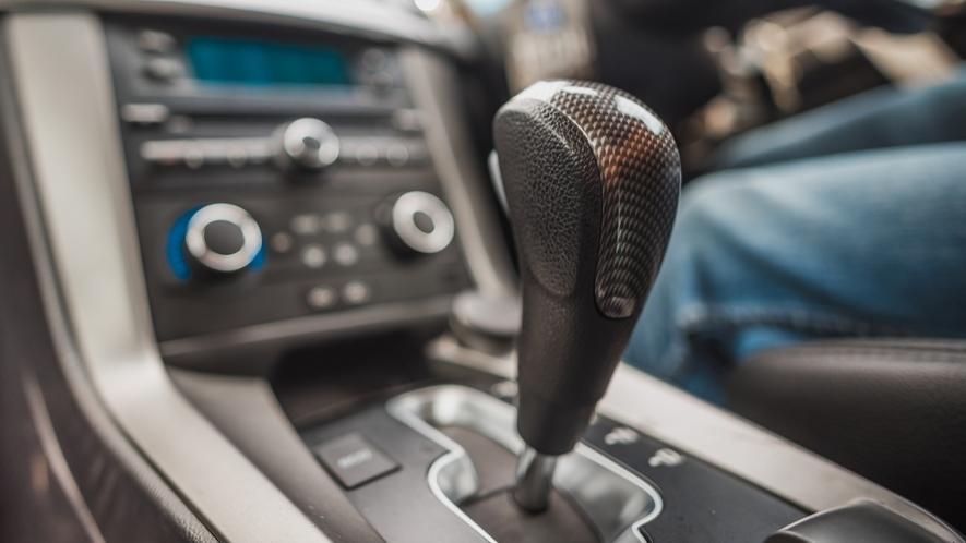 تجنب العادات السيئة التي تؤذي سيارتك الأوتوماتيكية