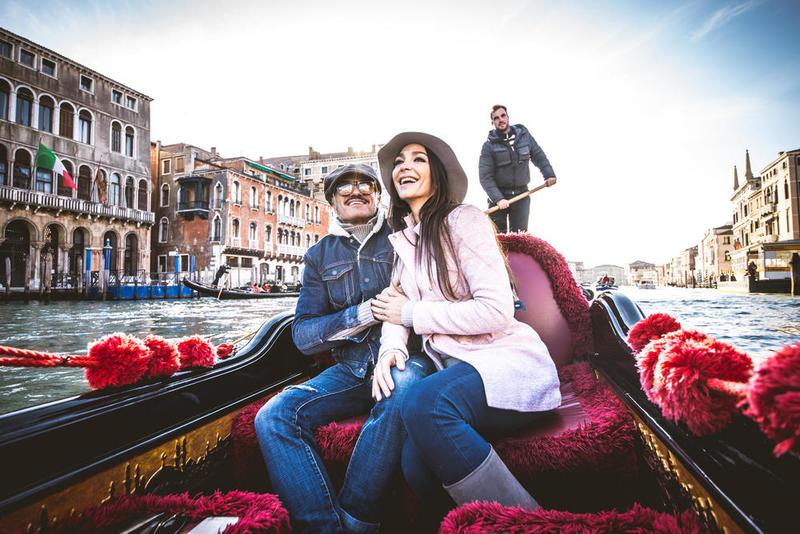 بالصور  ..  8 وجهات إيطالية عليك زيارتها قبل الإنجاب