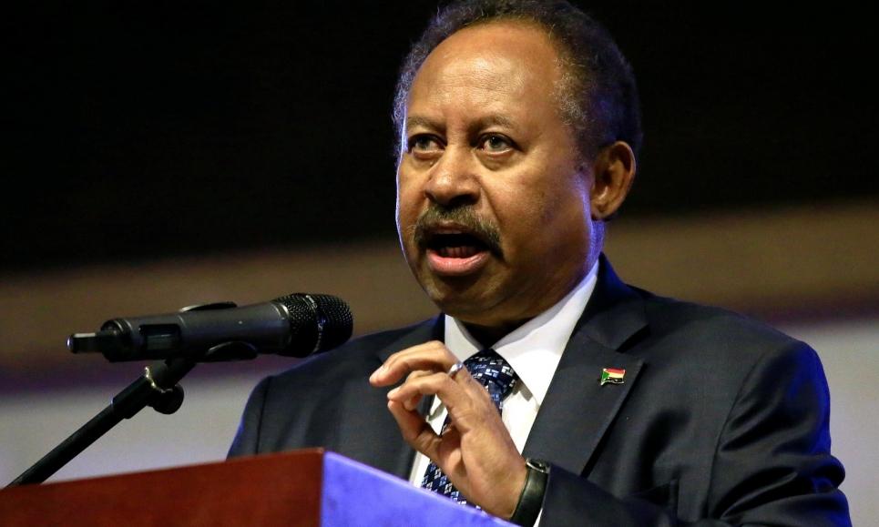 أنباء عن وضع رئيس الوزراء السوداني عبد الله حمدوك تحت الإقامة الجبرية بمنزله