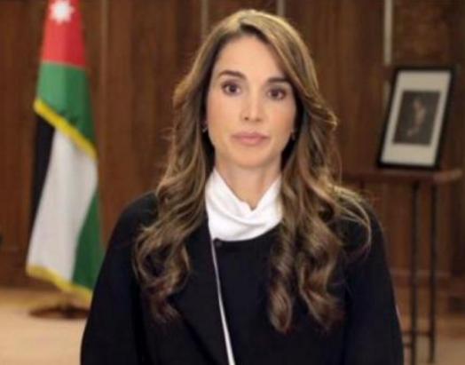 الملكة رانيا تعزي بضحايا حادث المعتمرين المروع في الطفيلة