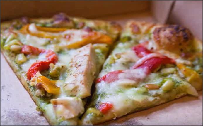 بالفيديو .. طريقة عمل بيتزا خفيفة للتخسيس