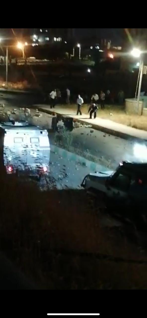 إصابة سبعة رجال أمن في اعتداءات محتجين بمرج الكرك