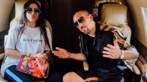 ريبيري يلبي رغبة ابنته ويؤازران الجزائر من إستاد القاهرة