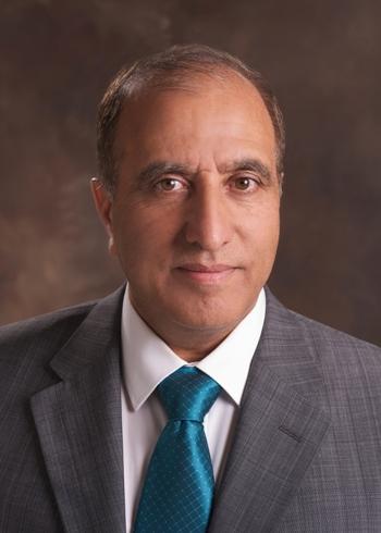 """بالأسماء  ..  أعضاء هيئة التدريس في """"الدراسات الدولية"""" يتجهون لمقاضاة رئيس """"الأردنية"""" الذي اتهمهم بالتطبيع"""