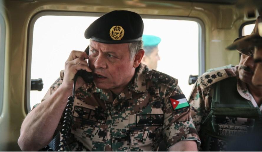 الملك  يروي : لهذا السبب طلبت من القوات الخاصة والجيش الإستنفار قبل وفاة والدي الحسين