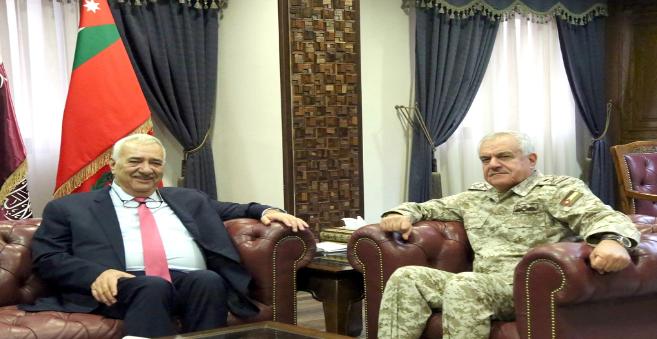 رئيس هيئة الأركان المشتركة يستقبل رئيس مجلس أمناء جامعة الشرق الأوسط