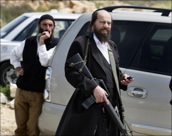 استشهاد فلسطيني في اعتداء مستوطنين متطرفين عليه قرب نابلس