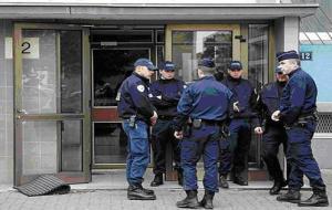 """""""مختل عقلياً"""" يدهس 11 شخصاً في فرنسا"""