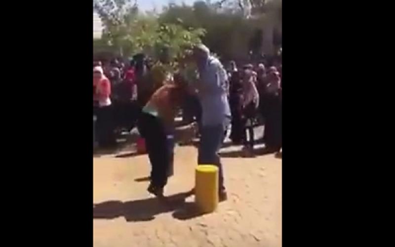 """فيديو صادم .. رئيس جامعة يعتدي على طالبتين""""تفاصيل"""""""