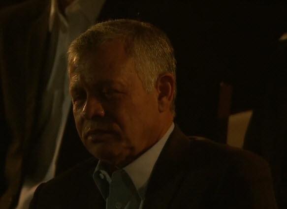 شاهدوا ردة فعل جلالة الملك وهو يتفاجئ بكلمة سمو الأمير حسين خلال حفل عيد الجلوس الملكي
