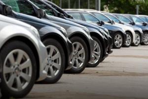 كم تربح الشركات على كل سيارة تبيعها ؟