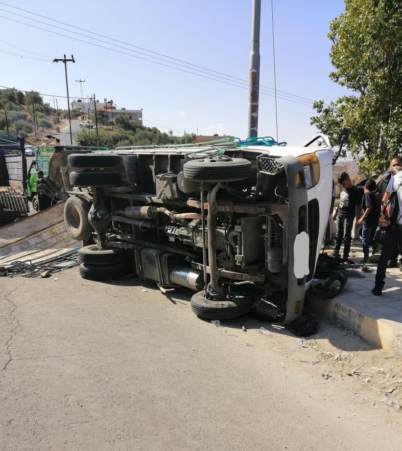 إصابة (١٧) شخصا اثر حادث تصادم في منطقة الزارا