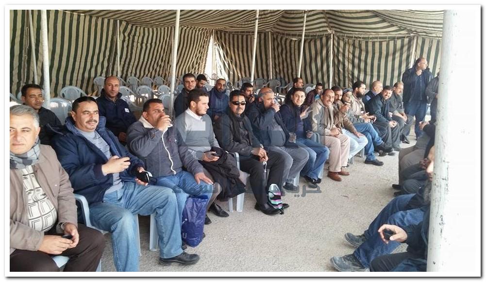 إضراب عمالي يشل مرافق الشركة الهندية في الشيدية والعقبة.. صور