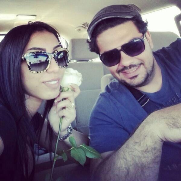 صور دنيا بطمة تتغزل في زوجها بصورة رومانسية 2014