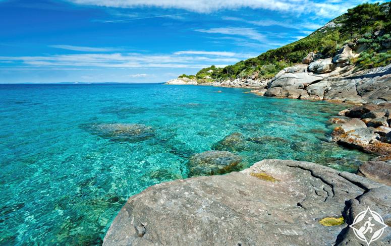 بالصور .. أسباب تدفعك لزيارة جزيرة إلبا الإيطالية