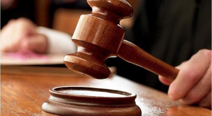 """""""تصرف عفوي"""" يقود امرأتين إلى المحكمة في الامارات"""