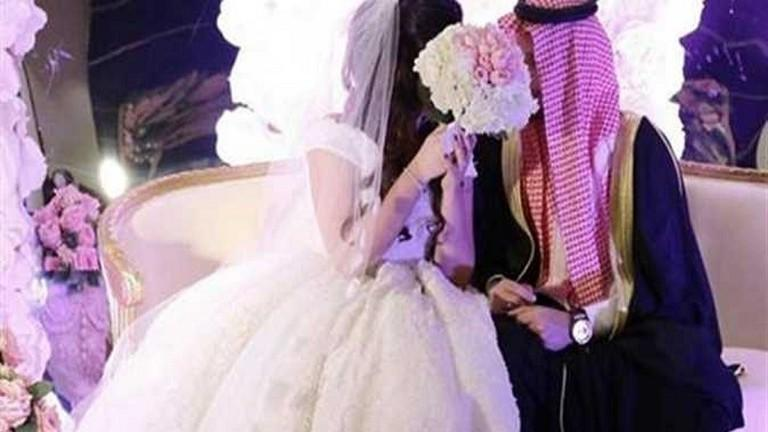 السعودية تسمح للسجين الاختلاء بزوجته شهريا