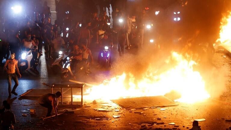 الأمن اللبناني: إصابة 60 عنصرا خلال الاحتجاجات