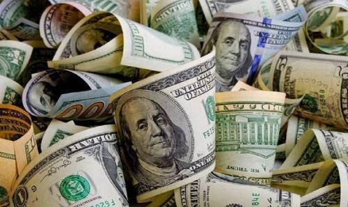 خبير اقتصادي : الدولار سينهار في 2021
