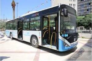 """مواطنون :""""باص عمان"""" ساهم بالتقليل من معاناة الموظفين وطلاب الجامعات في التنقل"""