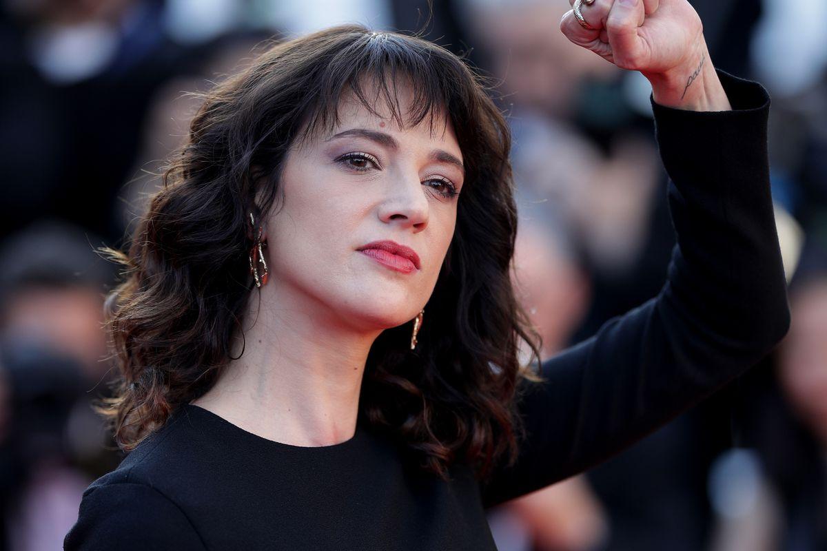 """التزمت الصمت 24 عاماً ..  ممثلة إيطالية شهيرة تتهم مخرج """"فاست أند فيوريوس"""" باغتصابها"""