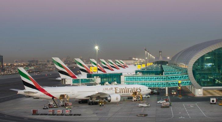تصادم بين طائرتين في مطار دبي  ..  تفاصيل
