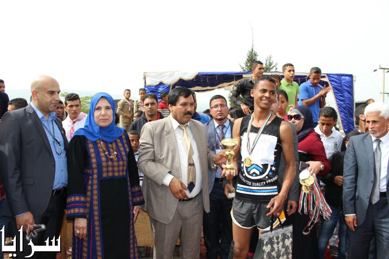 الشونه الشمالية: 630 طالب على مستوى المملكة شاركو في سباق الضاحية بمناسبة عيد ميلاد القائد